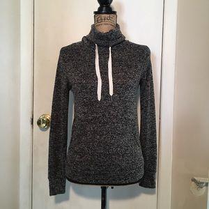 SALE💕Derek Heart Grey & Black Sweater